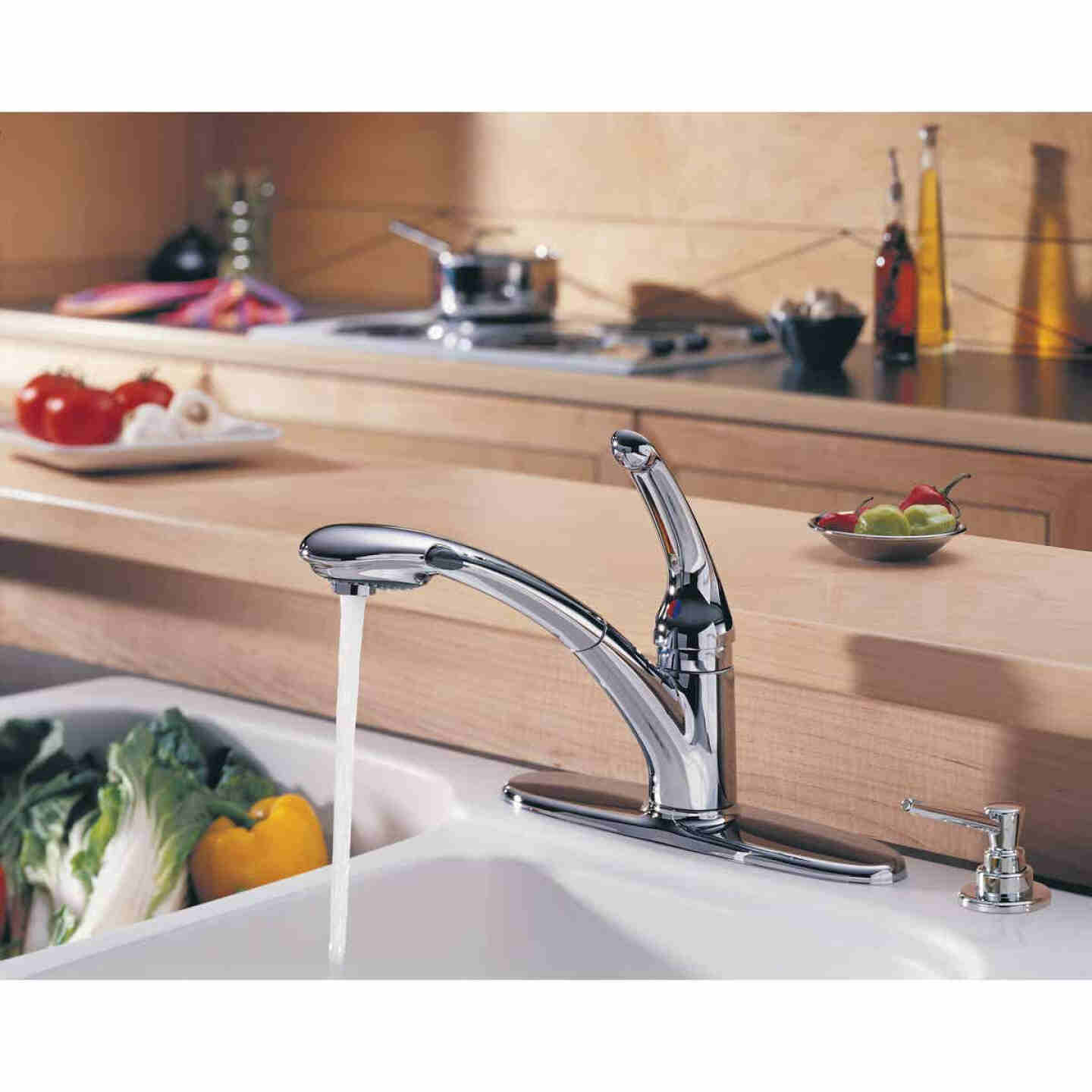 Delta Signature Single Handle Lever Pull-Out Kitchen Faucet with Soap Dispenser, Chrome Image 2